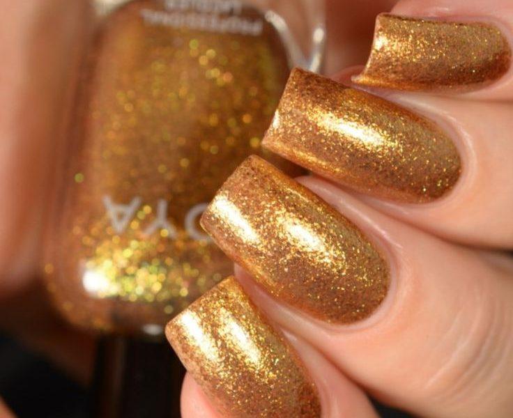 Маникюр золотой песок
