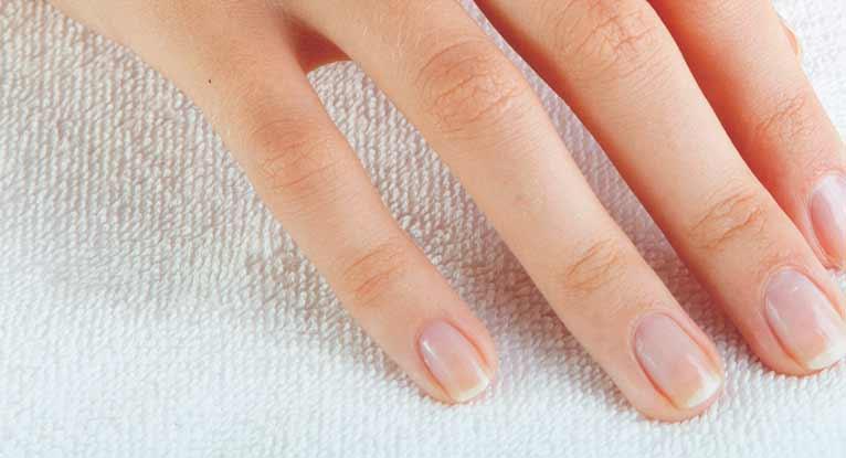 Почему ваши ногти меняют цвет